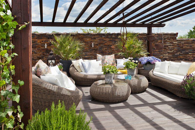Uteplats uteplats tak : Pergola, terrass och vackert förfall | Välkommen till Magasinet i ...