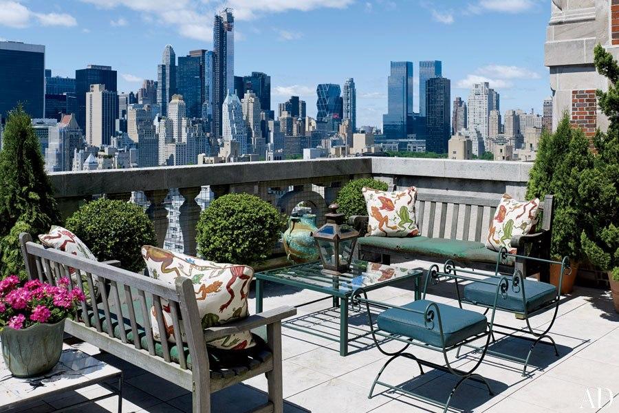 item7_rendition_slideshowWideHorizontal_newhouse-10-new-york-city-terrace